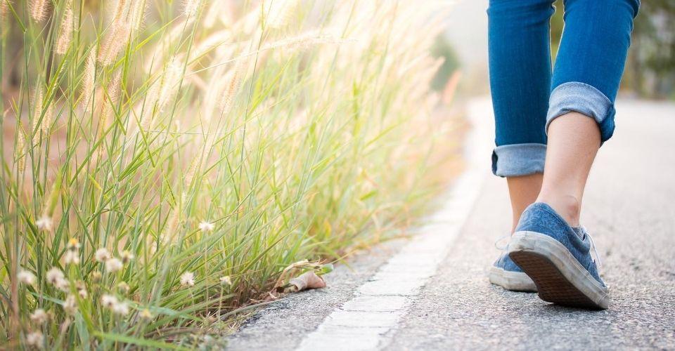 Doe dit 1 ding tijdens het wandelen en het verandert alles